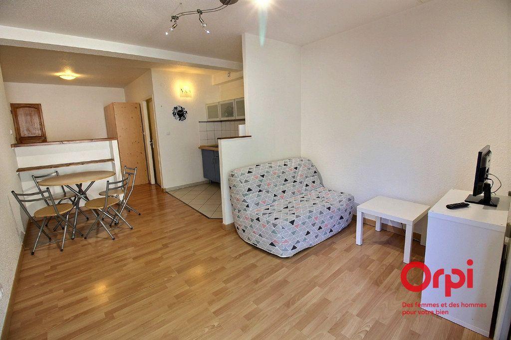 Appartement à louer 1 30m2 à Horbourg-Wihr vignette-2