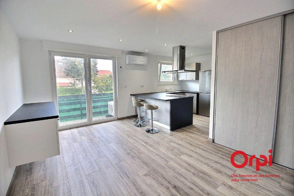 Appartement à louer 1 28.55m2 à Colmar vignette-2