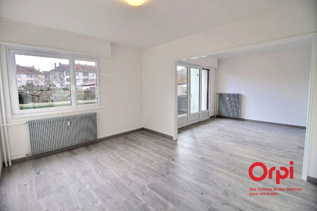 Appartement à louer 4 86.14m2 à Colmar vignette-2