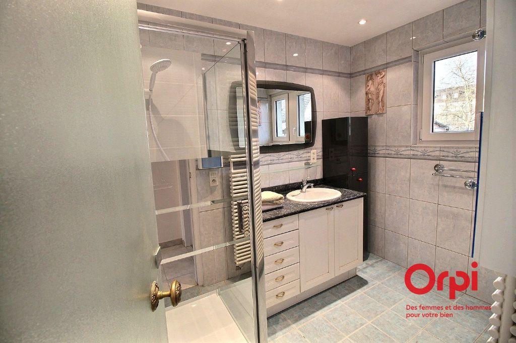 Appartement à louer 4 86.14m2 à Colmar vignette-4