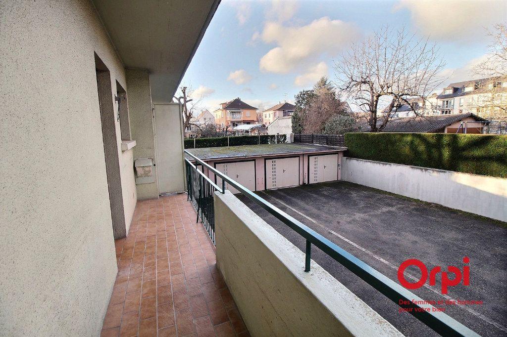 Appartement à louer 4 86.14m2 à Colmar vignette-6