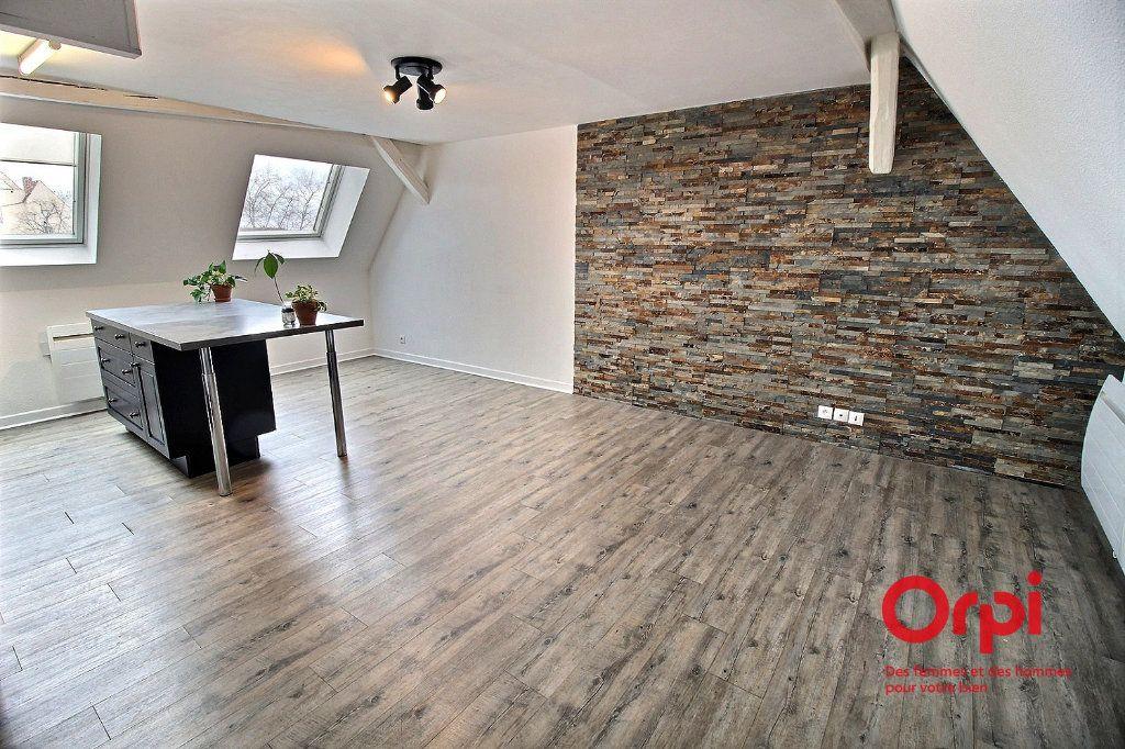 Appartement à louer 2 36m2 à Colmar vignette-2