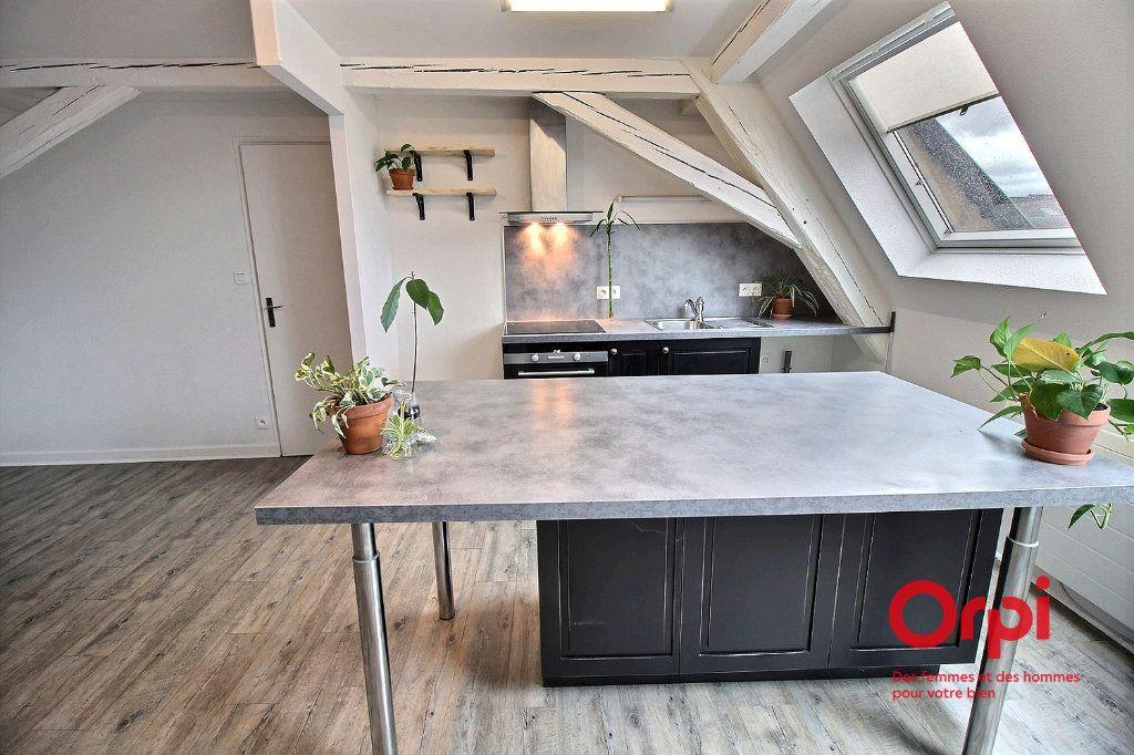 Appartement à louer 2 36m2 à Colmar vignette-3