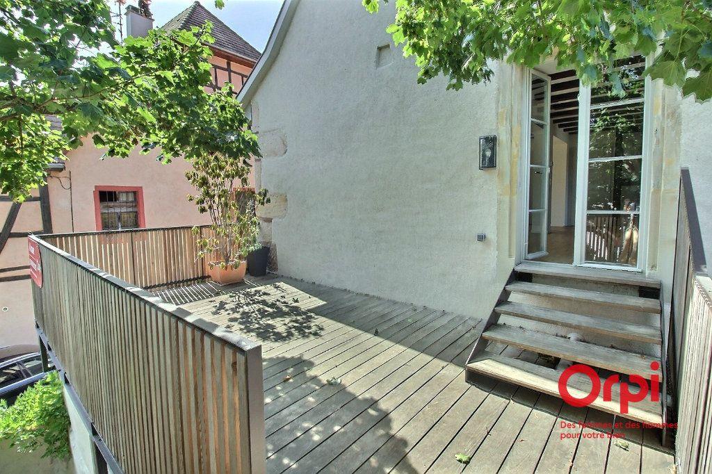 Appartement à louer 6 128m2 à Ensisheim vignette-1