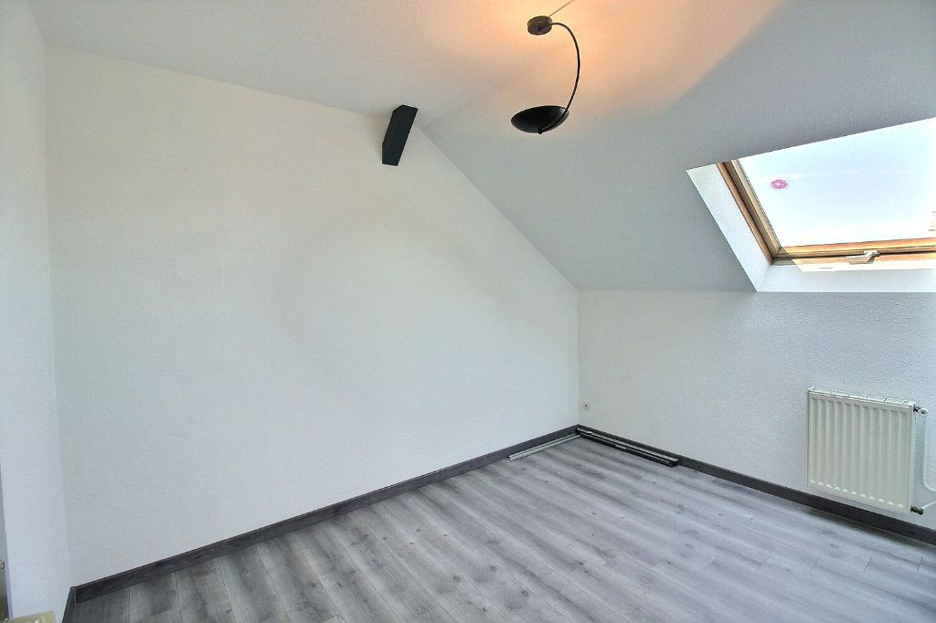 Appartement à louer 2 33.66m2 à Horbourg-Wihr vignette-3