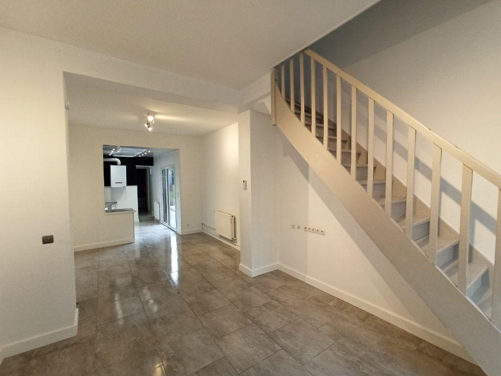 Maison à louer 5 90m2 à La Gorgue vignette-1