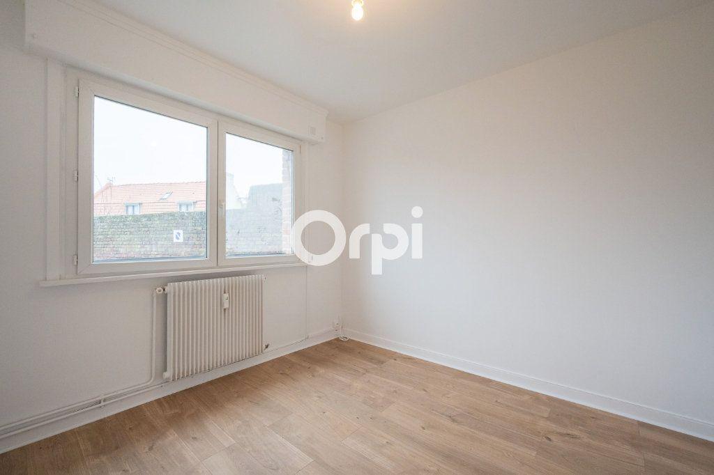 Appartement à louer 3 60m2 à Emmerin vignette-4