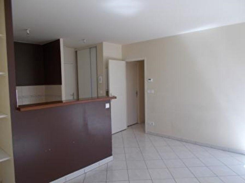 Appartement à louer 2 38.91m2 à Draveil vignette-4