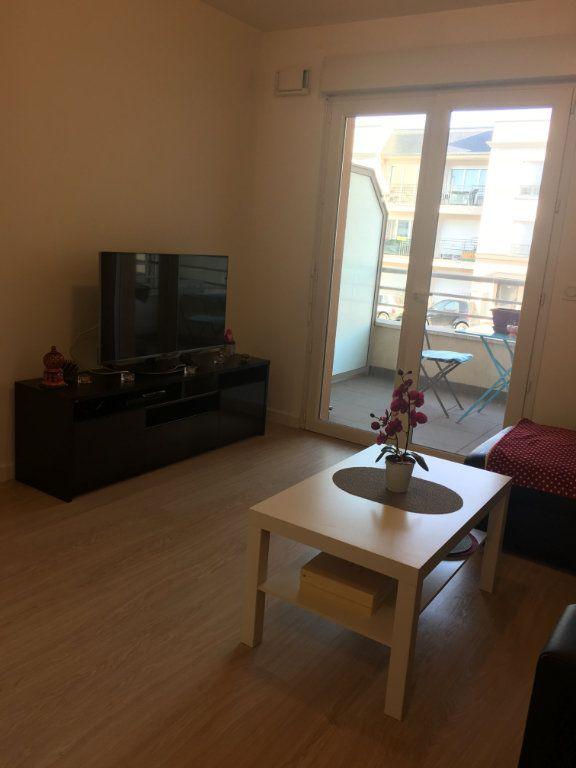 Appartement à louer 1 23.15m2 à Vigneux-sur-Seine vignette-1