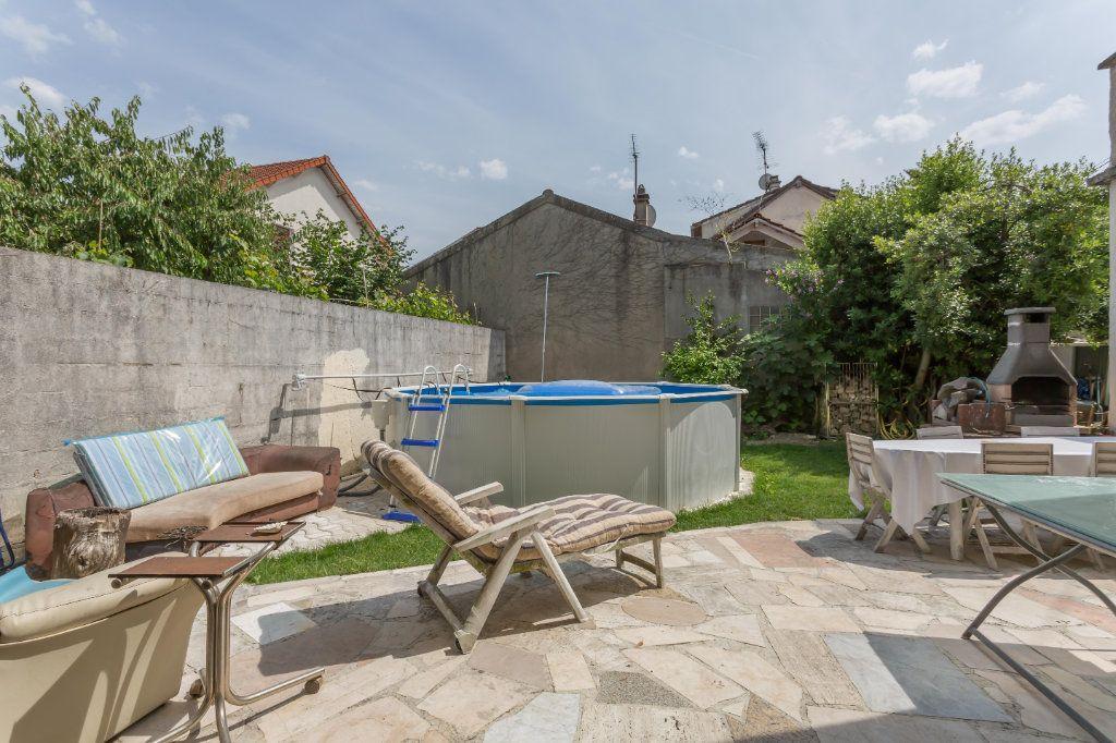 Maison à vendre 7 196m2 à Vigneux-sur-Seine vignette-11