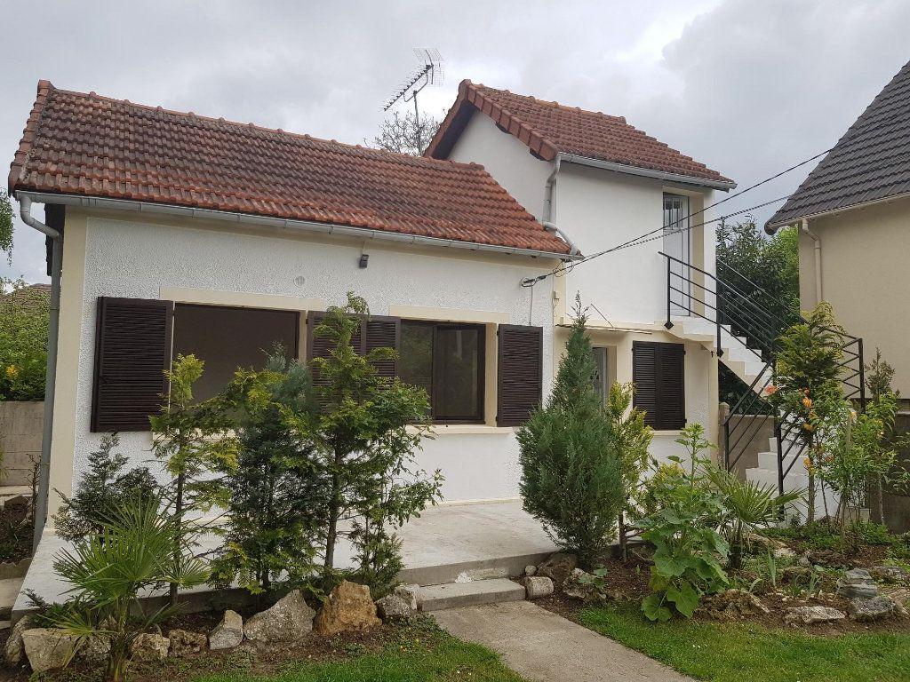 Maison à louer 3 62m2 à Vigneux-sur-Seine vignette-1