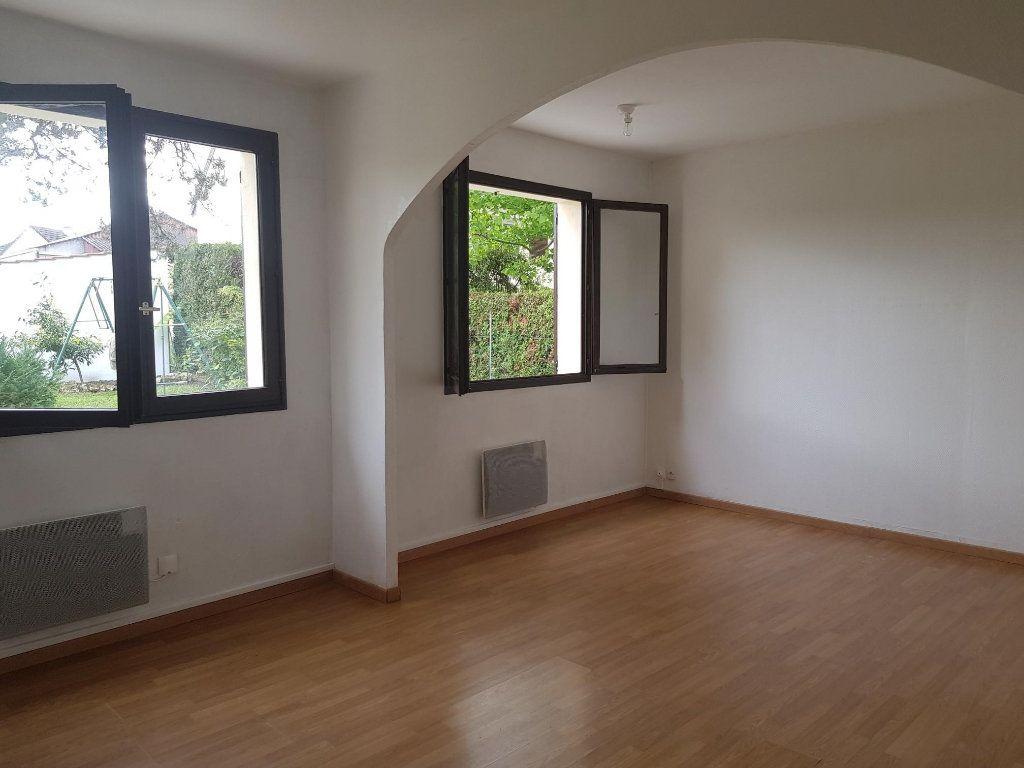 Maison à louer 3 62m2 à Vigneux-sur-Seine vignette-4