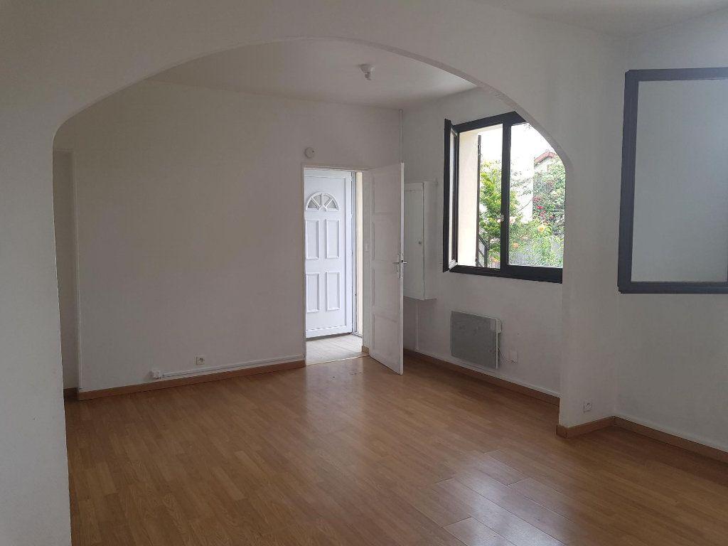 Maison à louer 3 62m2 à Vigneux-sur-Seine vignette-5