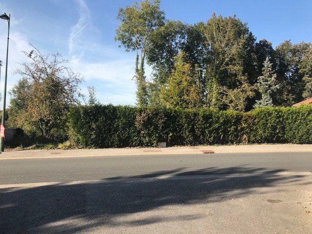 Terrain à vendre 0 668m2 à Breteuil vignette-1