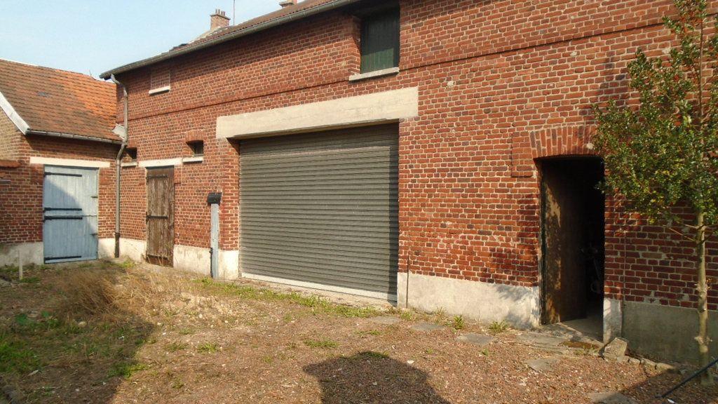 Maison à vendre 4 111m2 à Montdidier vignette-1
