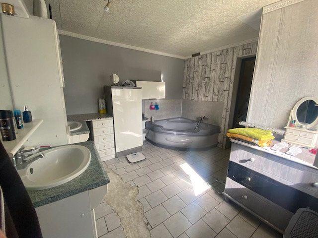 Maison à vendre 5 130m2 à Sains-Morainvillers vignette-5