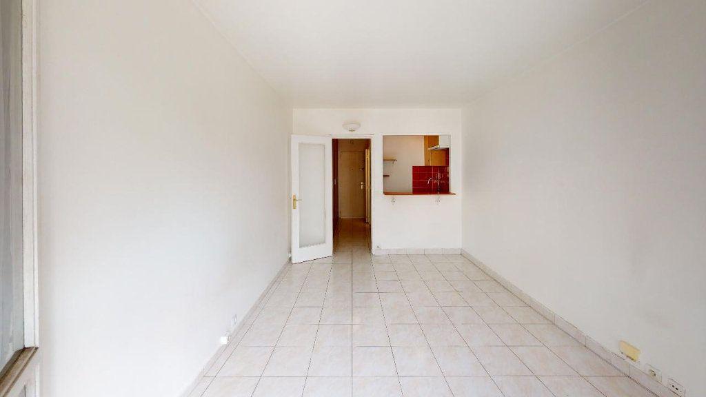 Appartement à louer 1 22.45m2 à Boulogne-Billancourt vignette-8