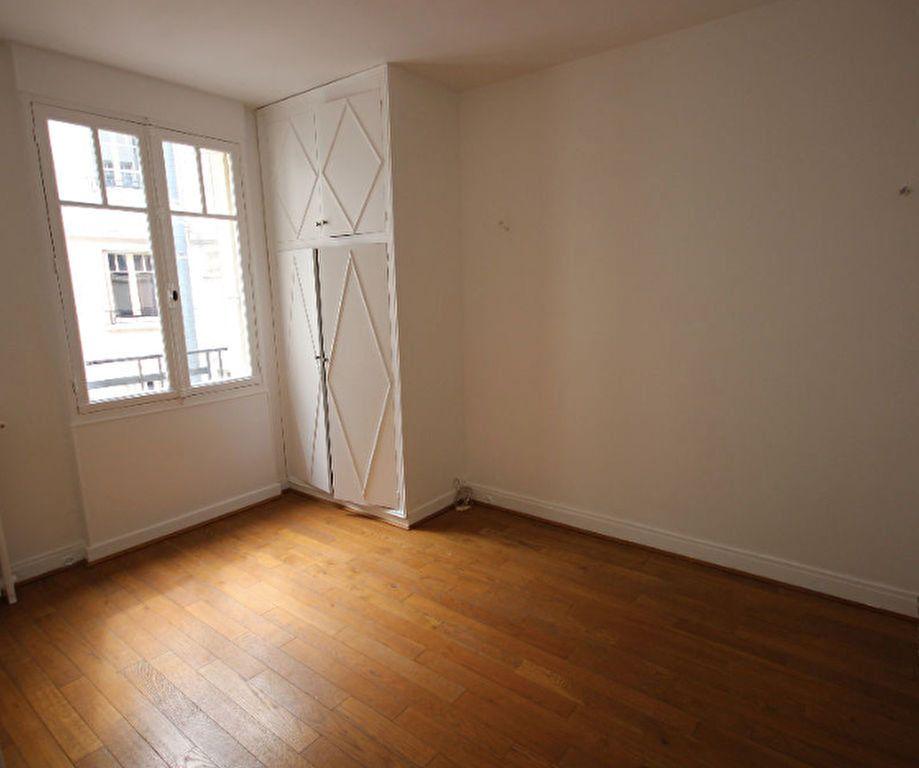 Appartement à louer 2 31.64m2 à Boulogne-Billancourt vignette-3