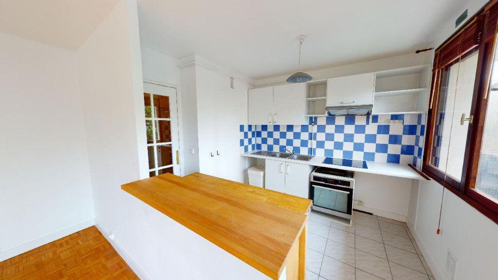 Appartement à louer 2 45.4m2 à Boulogne-Billancourt vignette-2