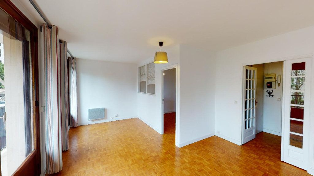 Appartement à louer 2 45.4m2 à Boulogne-Billancourt vignette-5