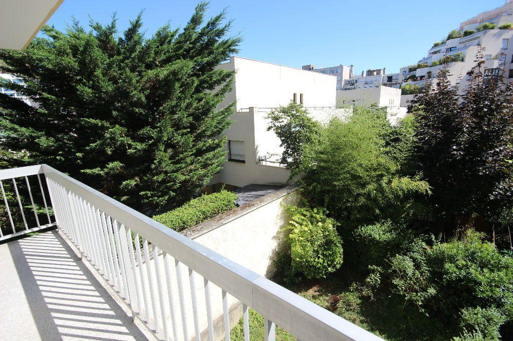 Appartement à louer 2 43m2 à Boulogne-Billancourt vignette-1