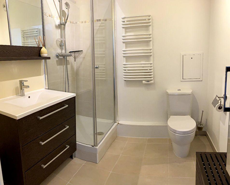 Appartement à louer 3 69.5m2 à Boulogne-Billancourt vignette-9