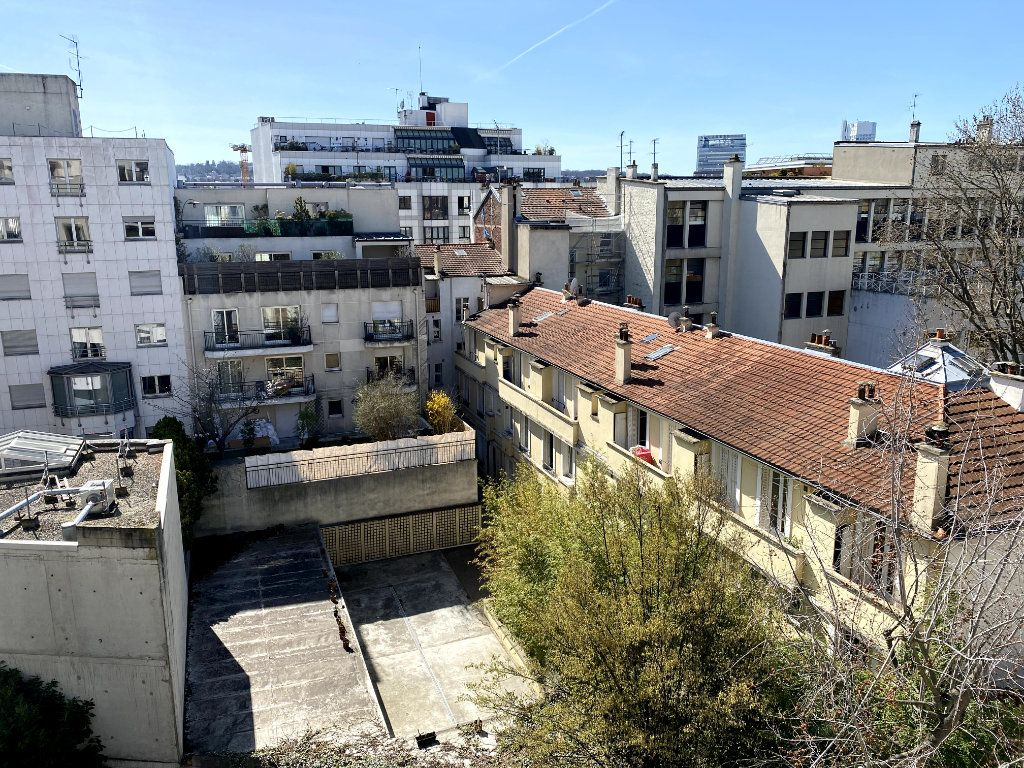 Appartement à louer 1 31m2 à Boulogne-Billancourt vignette-2