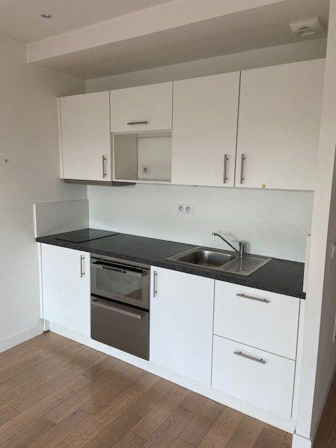 Appartement à louer 1 31m2 à Boulogne-Billancourt vignette-4