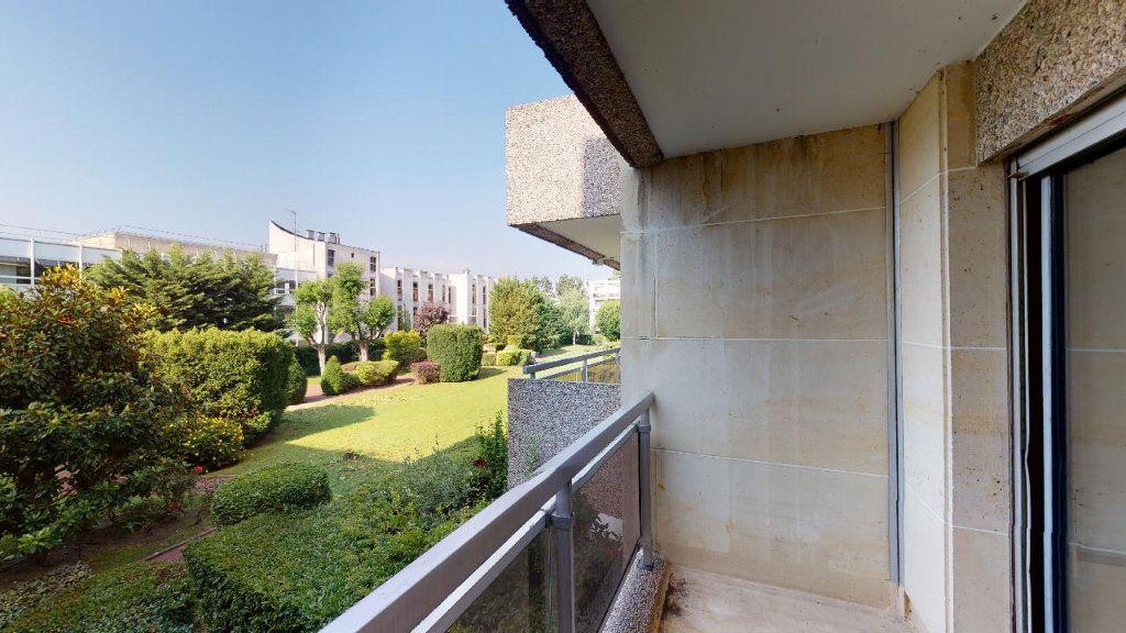Appartement à louer 2 49.69m2 à Boulogne-Billancourt vignette-2