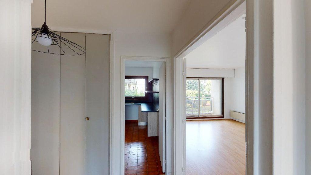 Appartement à louer 2 49.69m2 à Boulogne-Billancourt vignette-9