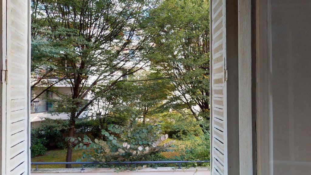 Appartement à vendre 2 31m2 à Boulogne-Billancourt vignette-6
