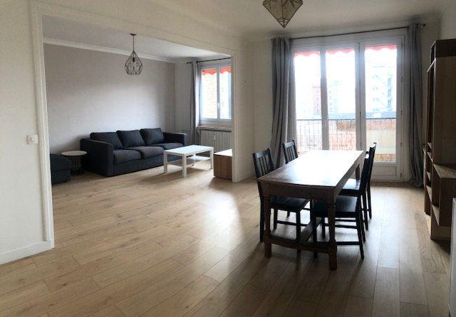 Appartement à louer 3 70.51m2 à Boulogne-Billancourt vignette-3