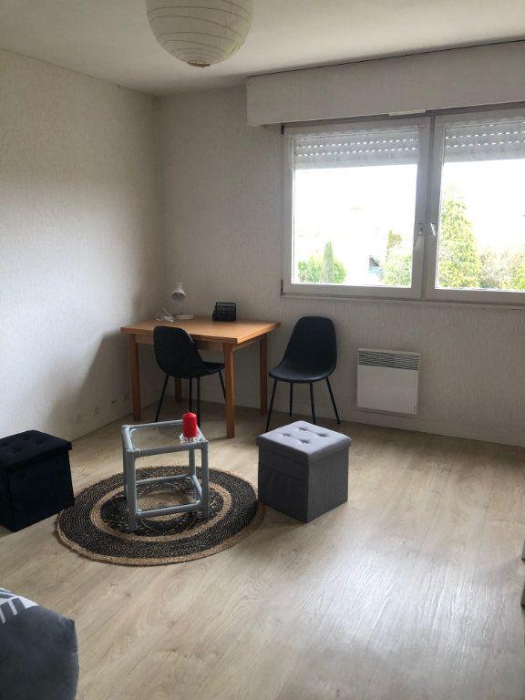 Appartement à louer 1 26.6m2 à Limoges vignette-1