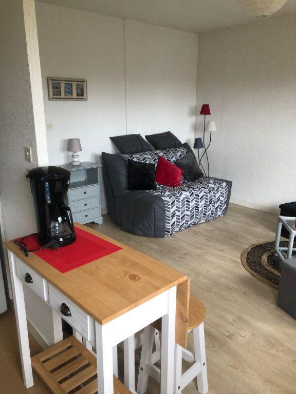 Appartement à louer 1 26.6m2 à Limoges vignette-2
