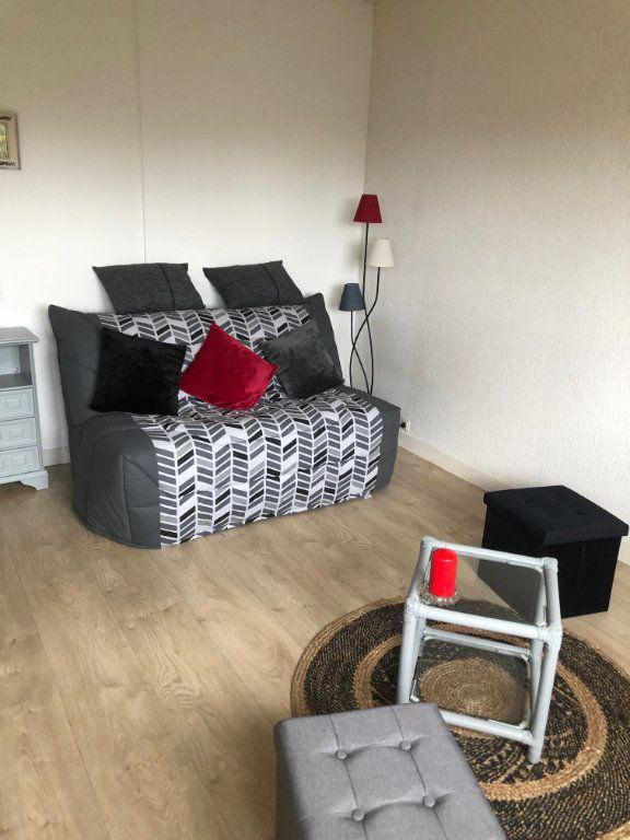 Appartement à louer 1 26.6m2 à Limoges vignette-3