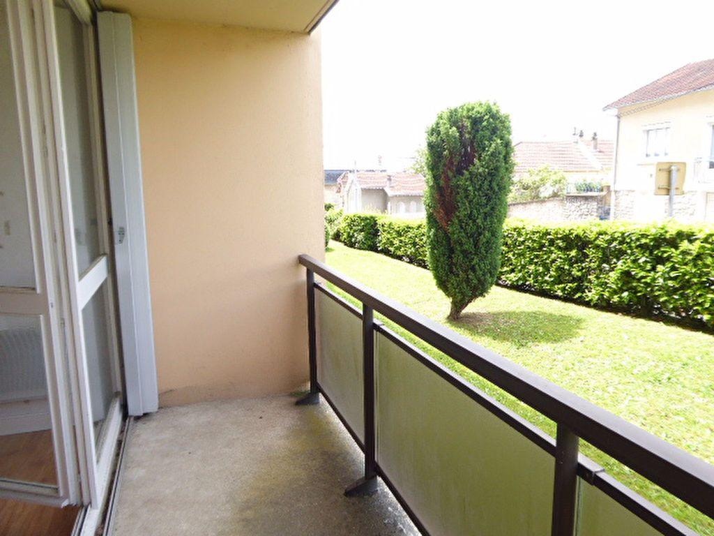 Appartement à louer 1 39.05m2 à Limoges vignette-1