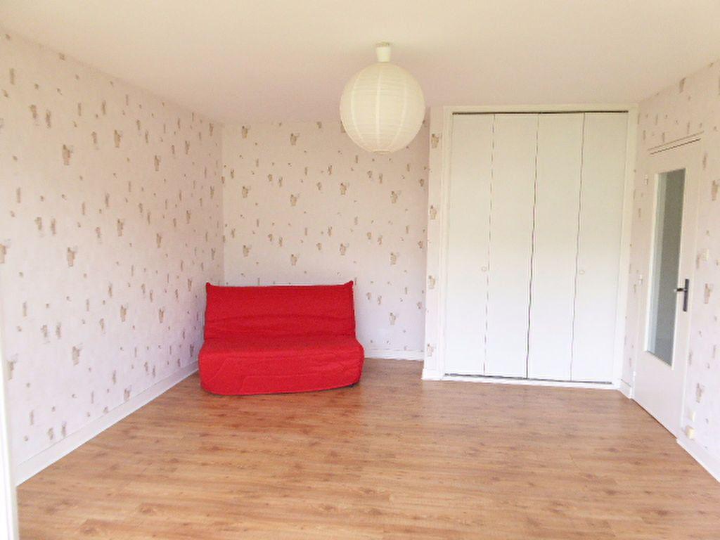 Appartement à louer 1 39.05m2 à Limoges vignette-3