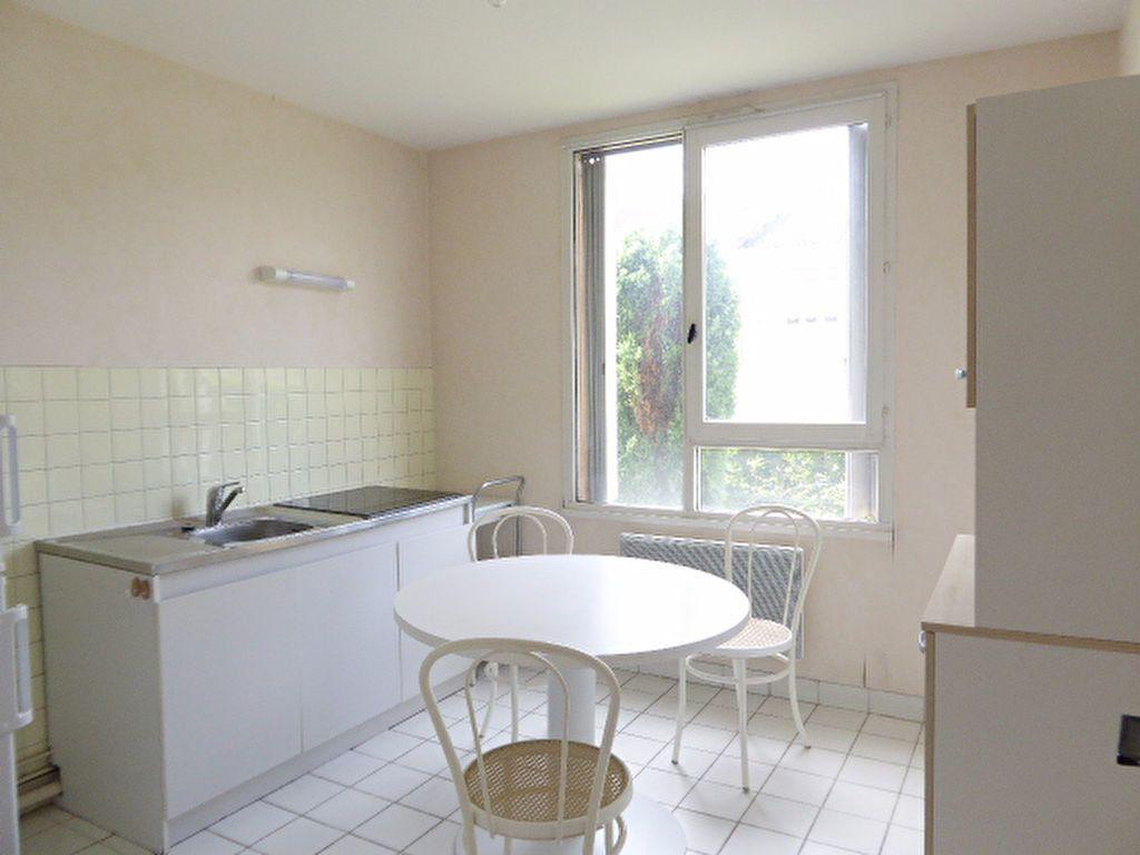 Appartement à louer 1 39.05m2 à Limoges vignette-5