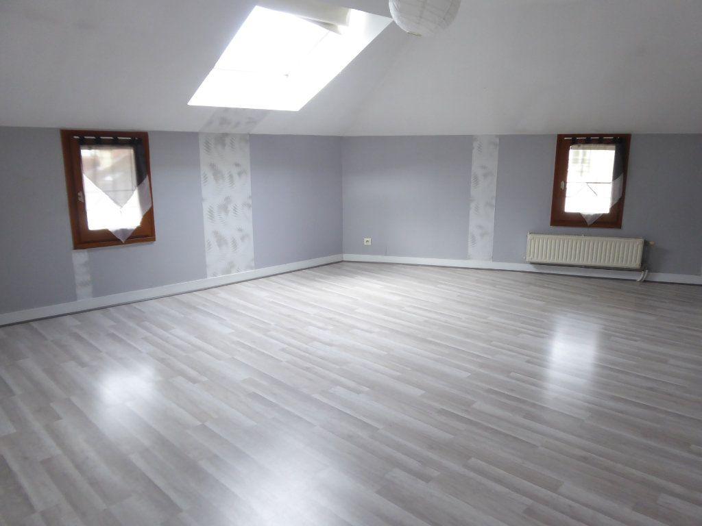 Appartement à louer 3 59.52m2 à Limoges vignette-2