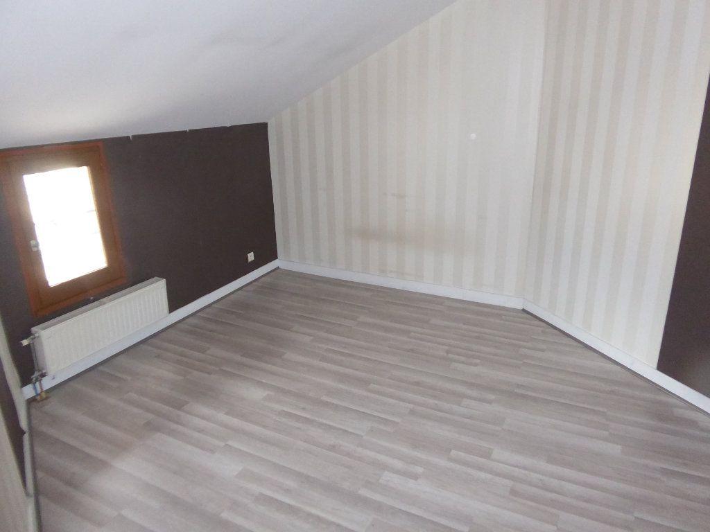 Appartement à louer 3 59.52m2 à Limoges vignette-3