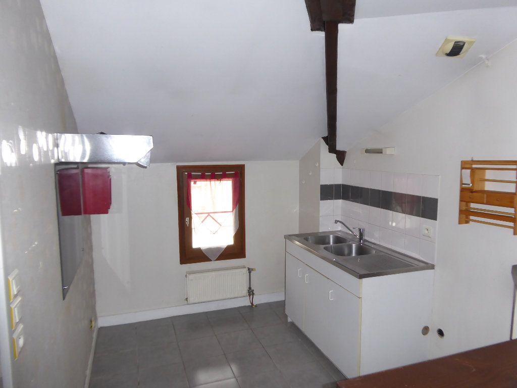 Appartement à louer 3 59.52m2 à Limoges vignette-6