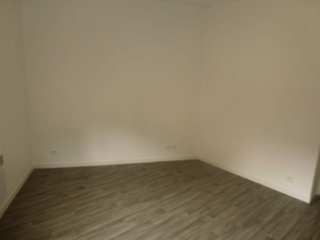 Appartement à louer 2 34.79m2 à Limoges vignette-4