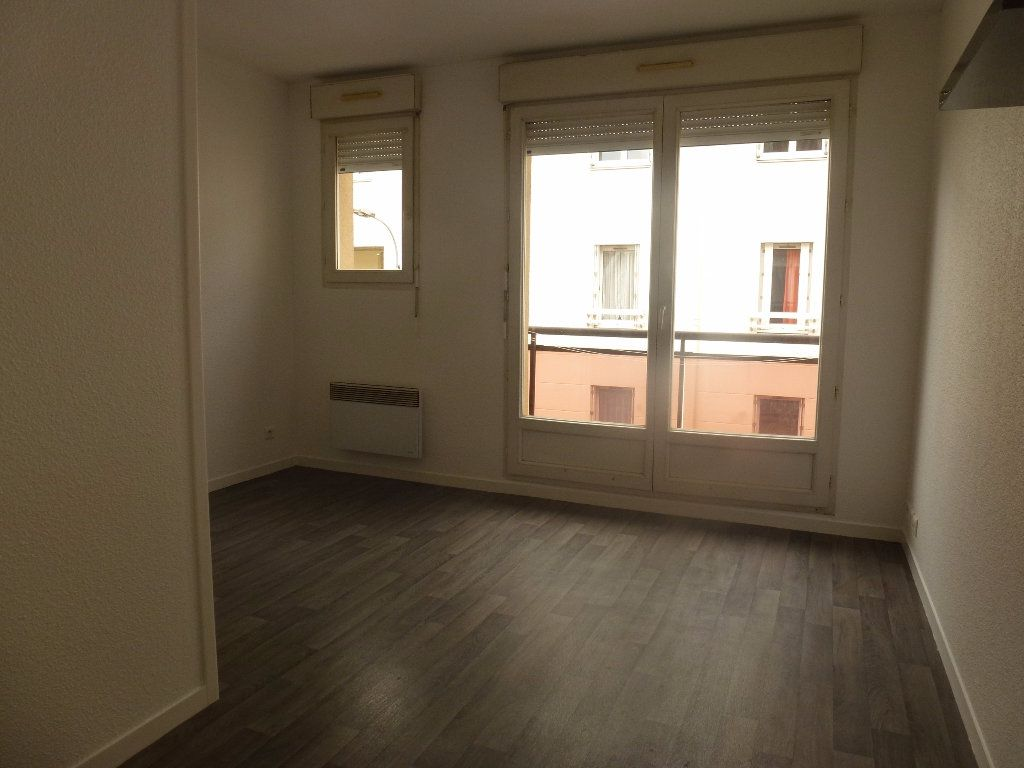 Appartement à louer 2 34.79m2 à Limoges vignette-5