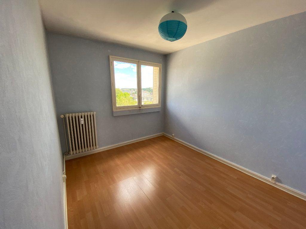 Appartement à louer 3 56.06m2 à Limoges vignette-7