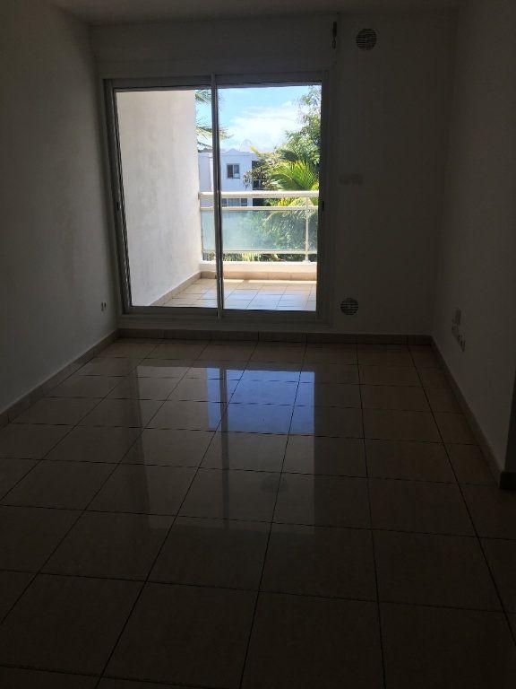 Appartement à louer 3 47.49m2 à Saint-Benoît vignette-3