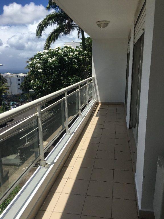 Appartement à louer 3 47.49m2 à Saint-Benoît vignette-6
