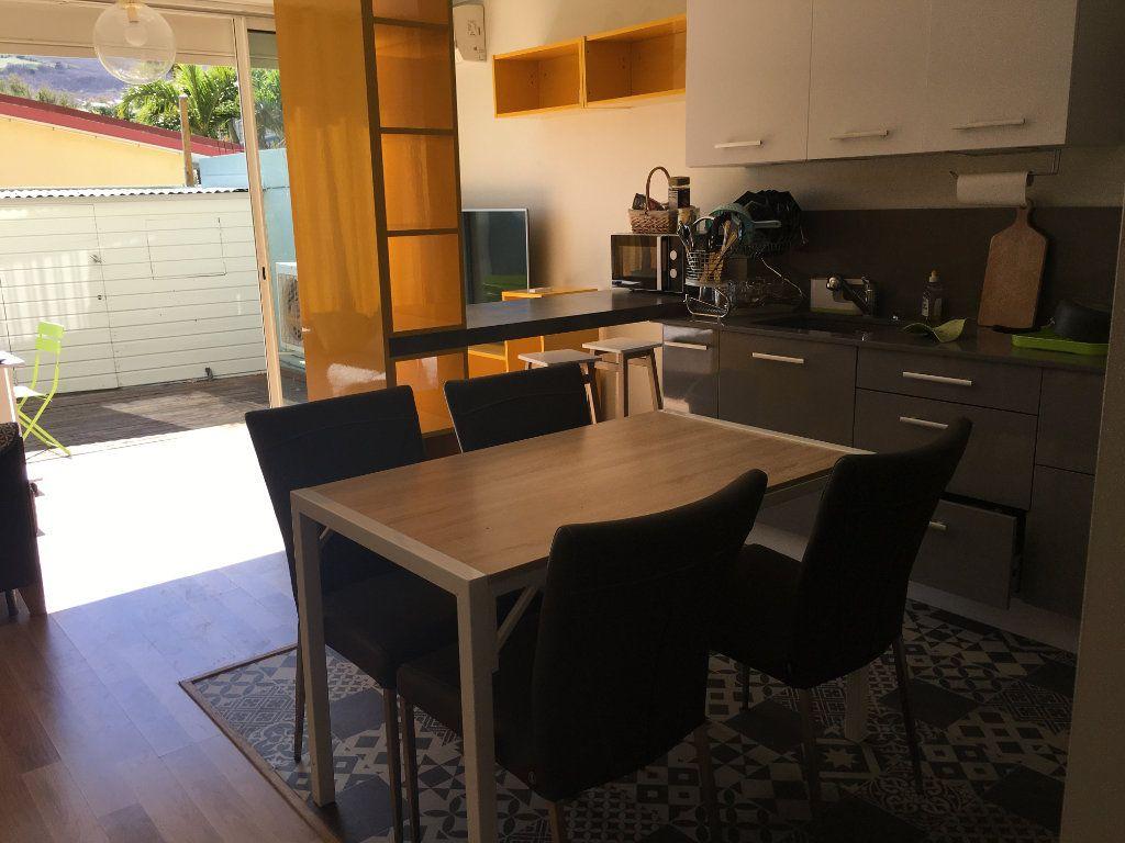 Appartement à louer 2 45m2 à Saint-Paul vignette-3