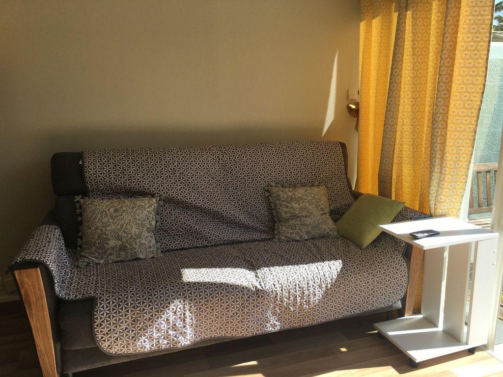 Appartement à louer 2 45m2 à Saint-Paul vignette-7