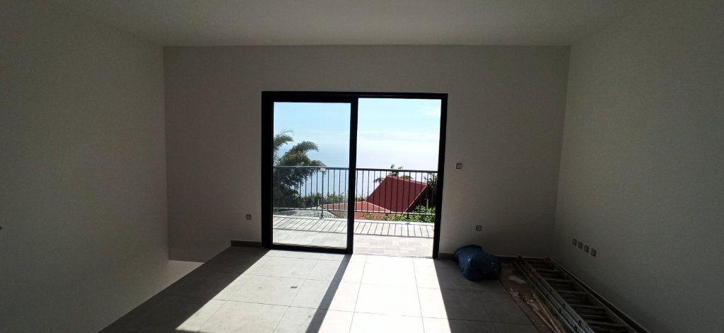 Maison à vendre 7 165m2 à Les Trois-Bassins vignette-1