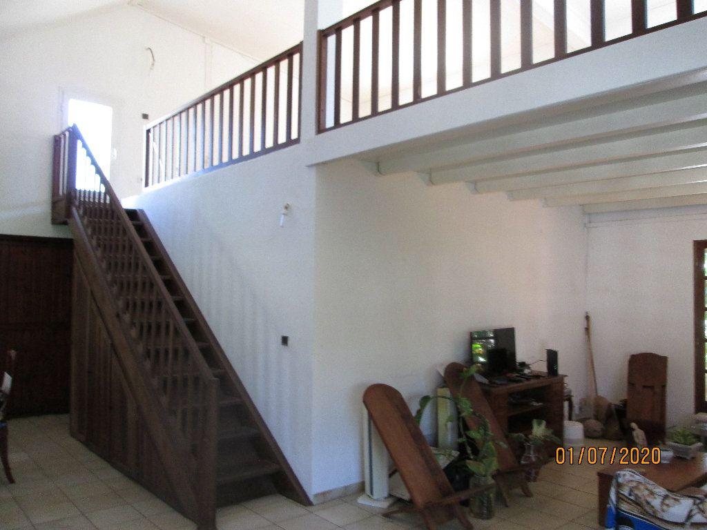 Maison à vendre 5 200m2 à Saint-André vignette-1